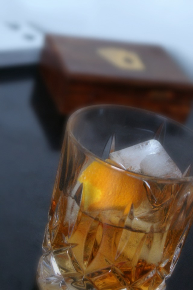 Old fashioned cocktail 2