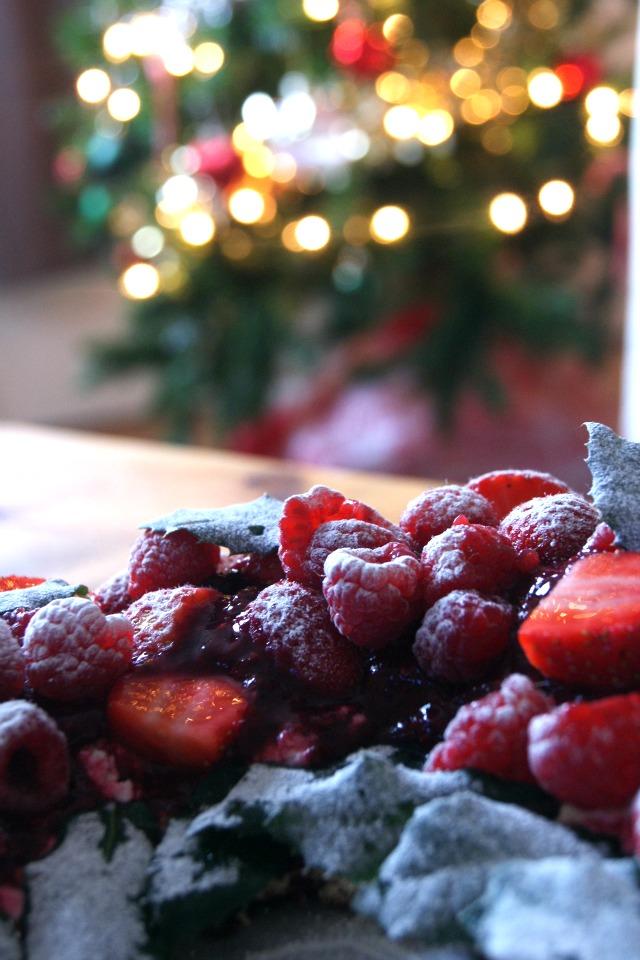 Christmas pavlova wreath